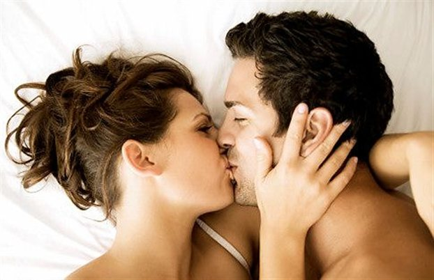 perierga.gr - Το φιλί καθορίζει τον σύντροφο!