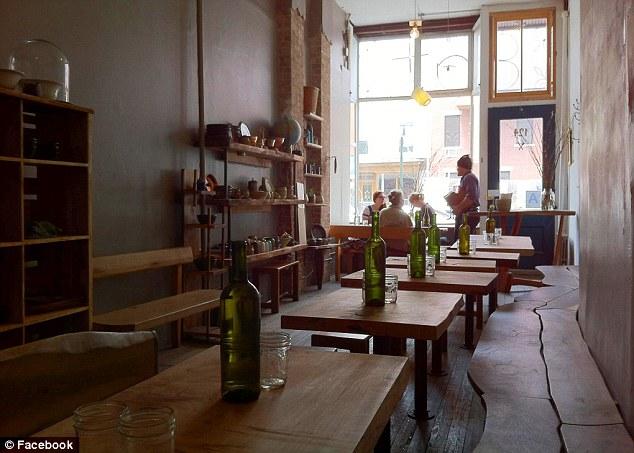 perierga.gr - The Eat Restaurant: Δείπνο στην απόλυτη σιωπή!