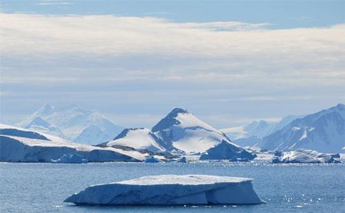 Perierga.gr - Φυσαλίδες με τον αρχαιότερο αέρα της Γης στην Ανταρκτική