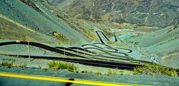perierga.gr - 16 πανέμορφοι δρόμοι στον κόσμο που πρέπει να οδηγήσεις!