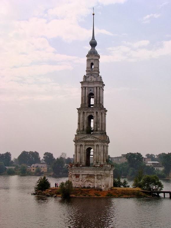 perierga.gr - 10 παράξενοι πύργοι από όλον τον κόσμο!