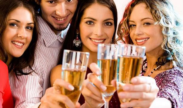 Perierga.gr - Οι έξυπνοι άνθρωποι πίνουν περισσότερο αλκοόλ!