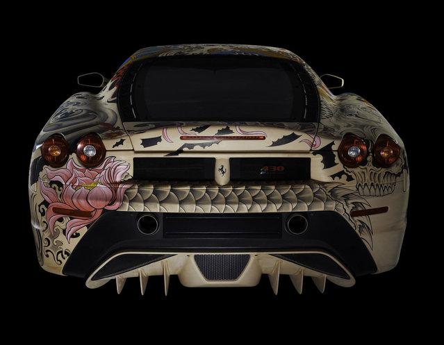 perierga.gr - Μια Ferrari με… τατουάζ!