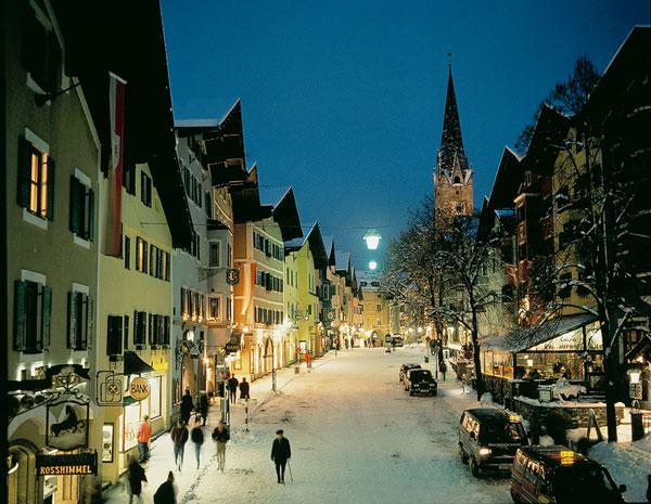 perierga.gr - Kitzbuhel: Το παραμυθένιο χριστουγεννιάτικο χωριό του Τυρόλου!