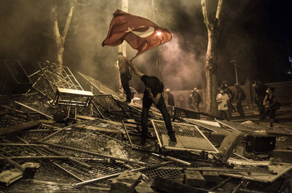 perierga.gr - Οι 10 φωτογραφίες που σημάδεψαν το 2013 από το ΤΙΜΕ!