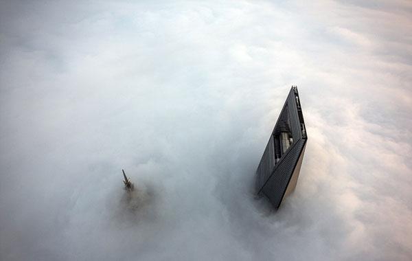 perierga.gr - Σύγχρονοι… Νίνζα στο ψηλότερο κτήριο της Κίνας!