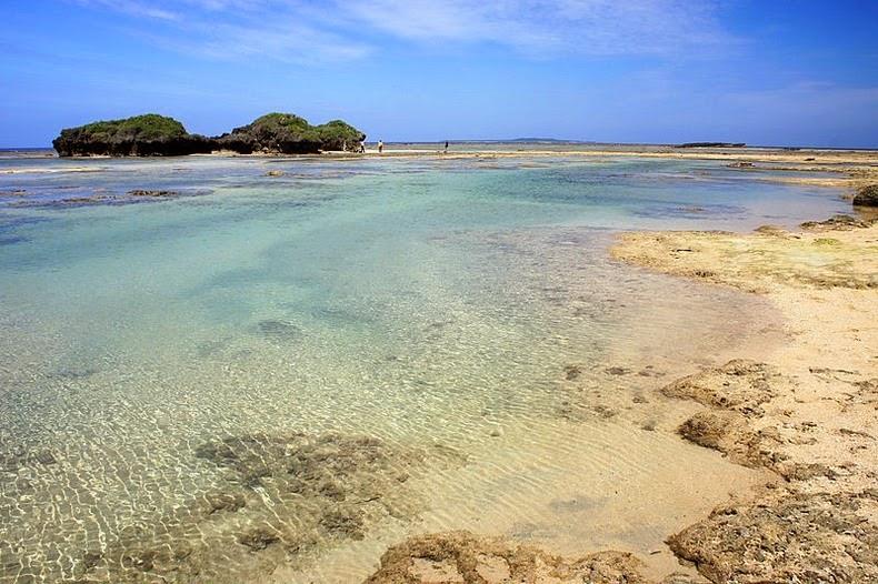 perierga.gr - Παραλία με άμμο σε σχήμα αστεριού!