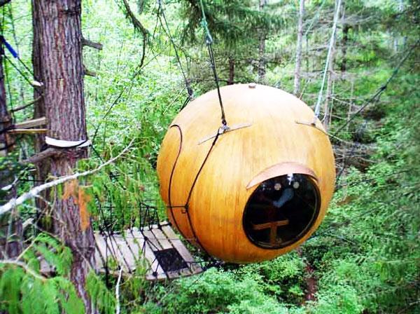 perierga.gr - Free Spirit Spheres: Διαμονή σε… σφαίρες στα δέντρα!
