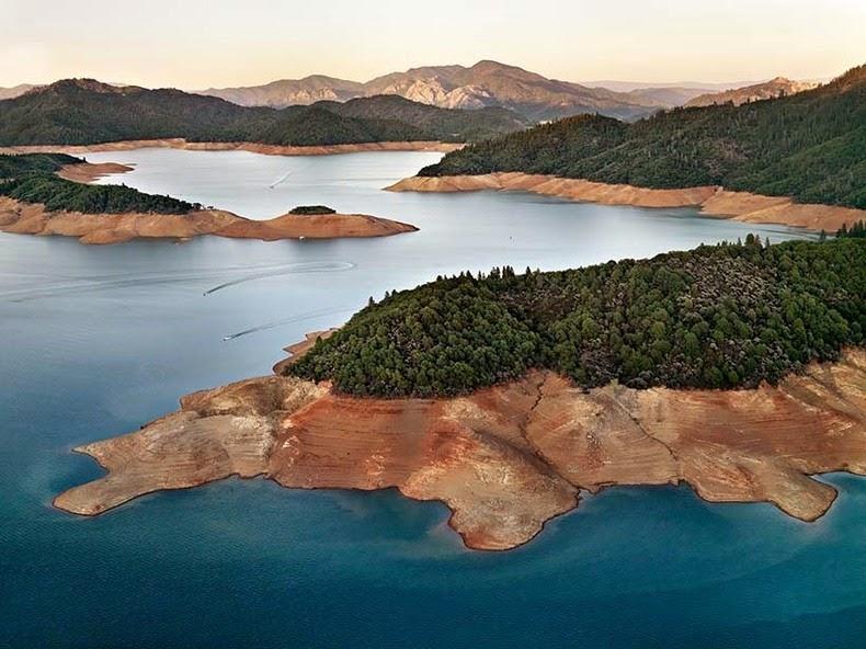 perierga.gr - Πανέμορφα υδάτινα τοπία από ψηλά!