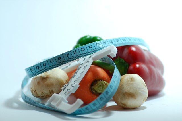 Perierga.gr - Ιδανική ηλικία για δίαιτα τα 32