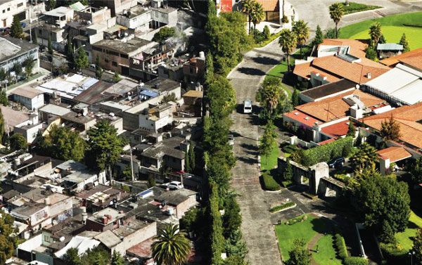perierga.gr - Μεξικό: Μια πόλη... δύο διαφορετικοί κόσμοι!