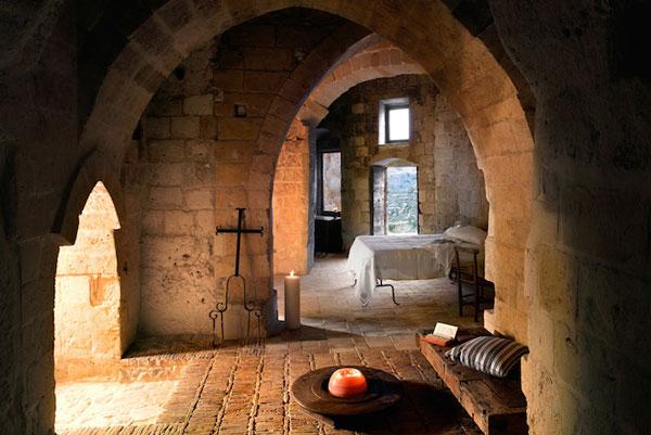 perierga.gr - Εκπληκτικό ξενοδοχείο με δωμάτια σε σπηλιές!