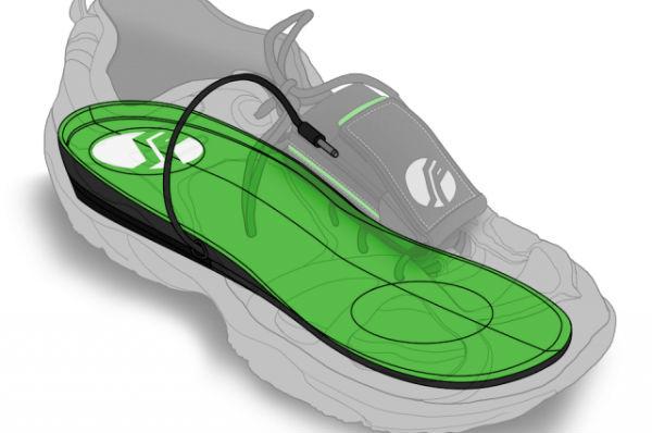 Perierga.gr - Παπούτσια που φορτίζουν κινητό