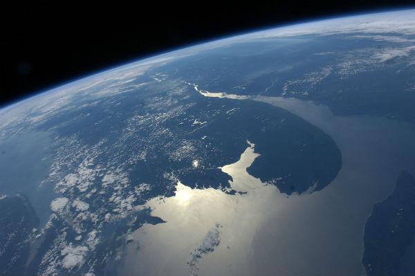 Perierga.gr - Η Γη από το Διεθνή Διαστημικό Σταθμό σε ζωντανή μετάδοση