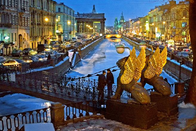 perierga.gr - 8 πόλεις για ρομαντική βαρκάδα!