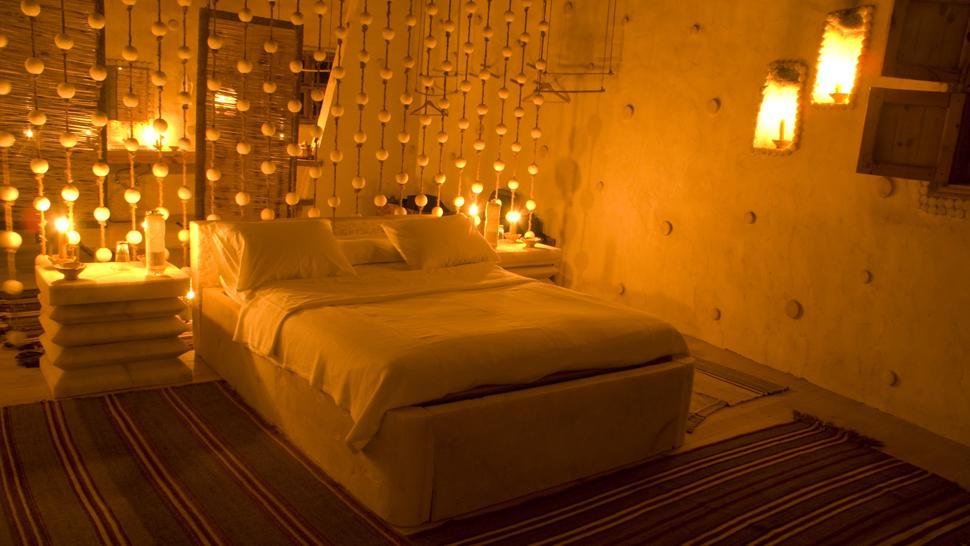 perierga.gr - Ξενοδοχείο χωρίς ηλεκτρικό και απαγορευτικό το κινητό!