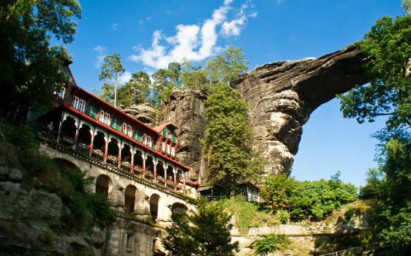 Perierga.gr - Εντυπωσιακές φυσικές γέφυρες στον κόσμο