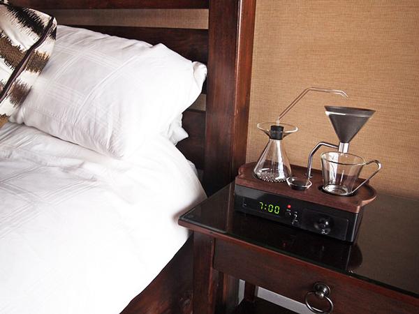 perierga.gr - The Barisieur: Το ξυπνητήρι που φτιάχνει καφέ!