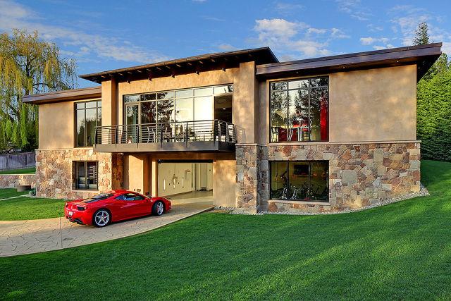 perierga.gr - Πολυτελές σπίτι-έκθεση της Ferrari!