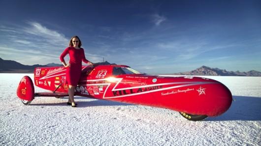 perierga.gr - Ηλεκτρική μοτοσικλέτα σπάει ρεκόρ με 387 χλμ/ώρα και γυναίκα οδηγό!