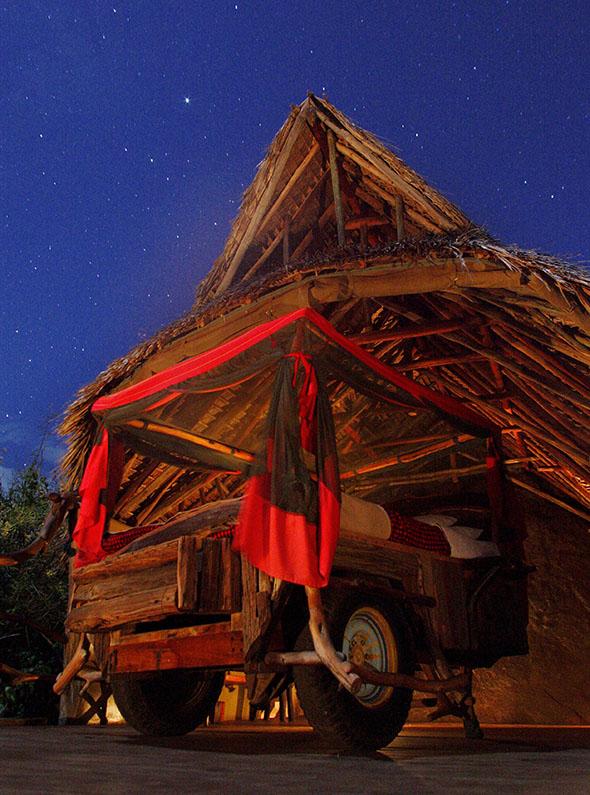 perierga.gr - Ξενοδοχείο με «ανοιχτά» υπνοδωμάτια στον έναστρο ουρανό!