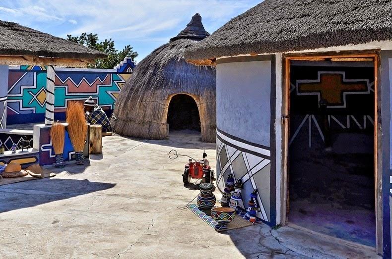 perierga.gr - Τα βαμμένα σπίτια των Ndebeles