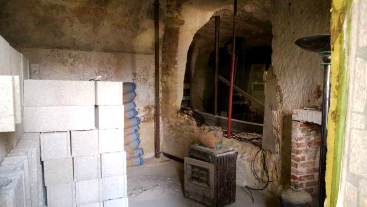 perierga.gr - Εντυπωσιακή μεταμόρφωση κατοικίας σε σπηλιά