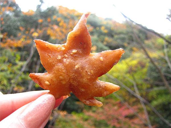 perierga.gr - Τηγανητά... φθινοπωρινά φύλλα!