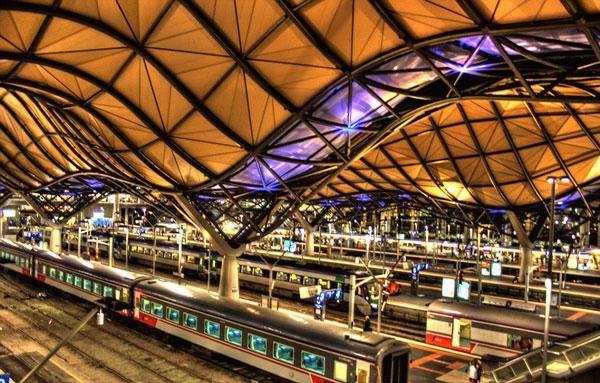 perierga.gr - Οι πιο εντυπωσιακοί σιδηροδρομικοί σταθμοί στον κόσμο!