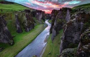 perierga.gr - Fjaðrárgljúfur: Ένα μαγευτικό φαράγγι!