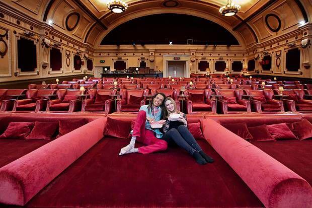 perierga.gr - Ασυνήθιστος κινηματογράφος στο Λονδίνο!