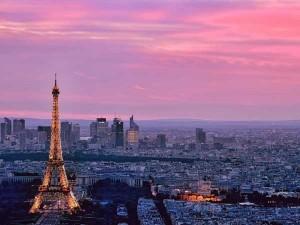perierga.gr - Το Παρίσι μέσα από τα μάτια ενός... αετού!