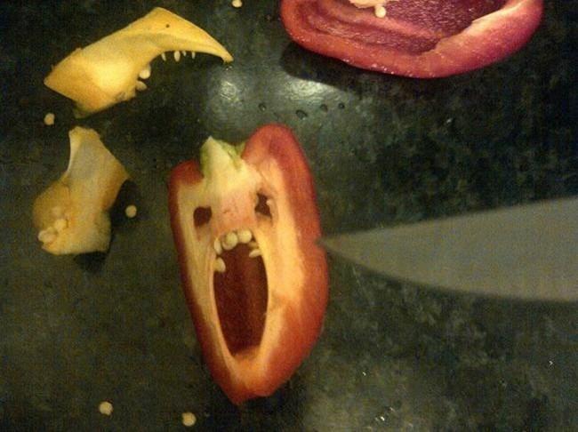 perierga.gr - Τρομοκρατημένα... τρόφιμα λίγο πριν φαγωθούν!