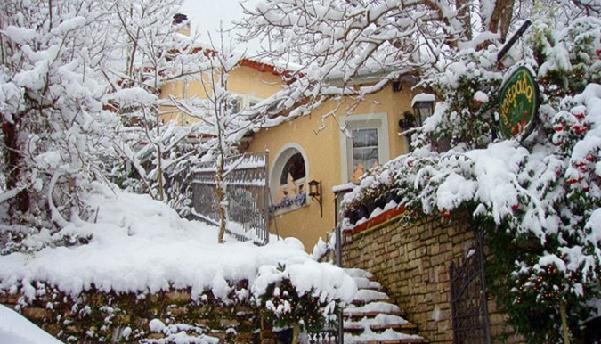 Perierga.gr - Μαγευτικοί χειμερινοί προορισμοί στην Ελλάδα από το CNN.