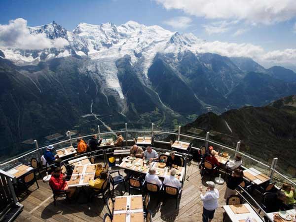 perierga.gr - Εστιατόρια με θέα που κόβει την ανάσα!