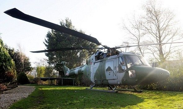 perierga.gr- Διαμονή σε... ελικόπτερο!