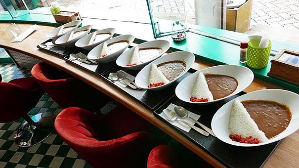 perierga.gr - Ρύζι-φράγμα πλημμυρίζει με... σάλτσα σε ένα απίθανο πιάτο!