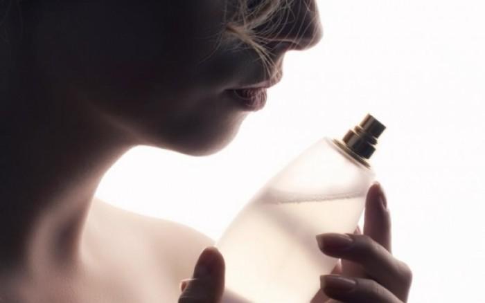 perierga.gr - Kολόνια μυρίζει πιο όμορφα όσο ιδρώνουμε!
