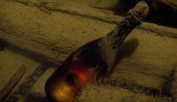 perierga.gr - Η παλαιότερη σαμπάνια στον κόσμο!