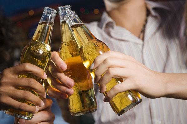 perierga.gr - Μια μπύρα την ημέρα την παχυσαρκία κάνει πέρα!