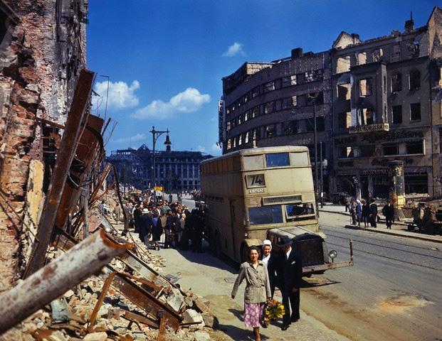 perierga.gr - Το Βερολίνο μετά τον Χίτλερ!