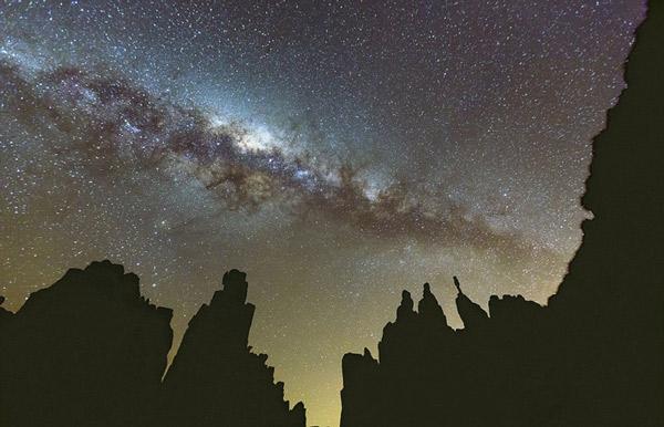 Perierga.gr - Αστρικές τροχιές και γαλαξιακές ζώνες σε υπέροχα καρέ
