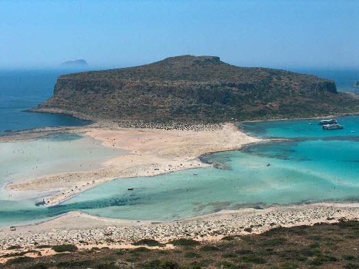 Perierga.gr - Μια βόλτα πάνω από την παραλία του Μπάλου σε 2,5 λεπτά!