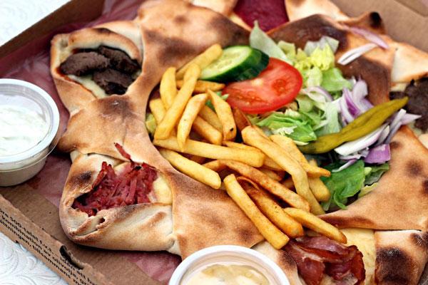 perierga.gr - Η πιο περίεργη πίτσα του κόσμου έχει καταγωγή... σουηδική!