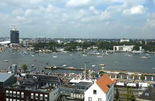 Perierga.gr - Η απίστευτη κίνηση του λιμανιού του Άμστερνταμ
