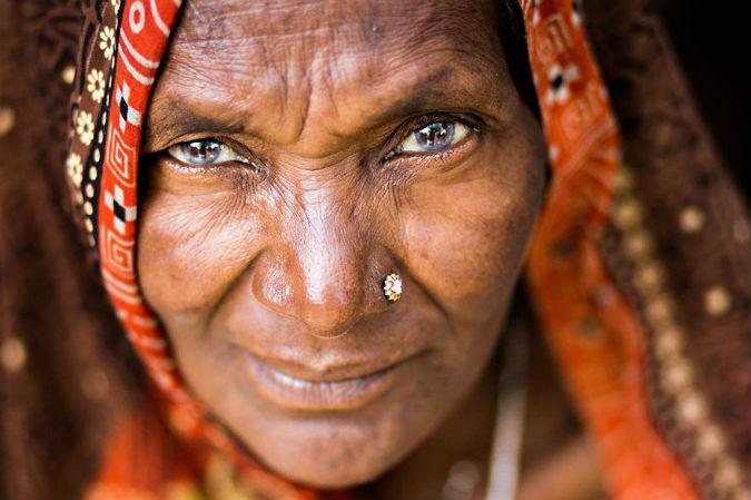 perierga.gr - Τα μάτια είναι ο καθρέφτης της ψυχής!