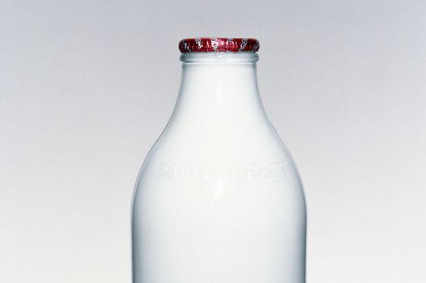 perierga.gr - Το καπάκι θα σου πει αν χάλασε το γάλα!