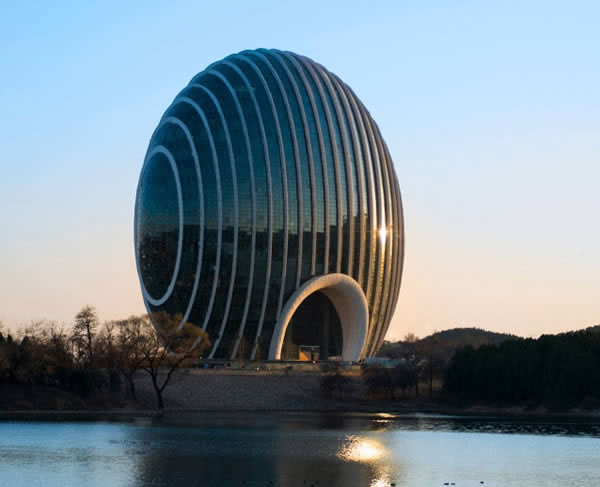 Perierga.gr - Ένα ξενοδοχείο αρχιτεκτονικό θαύμα στο Πεκίνο!