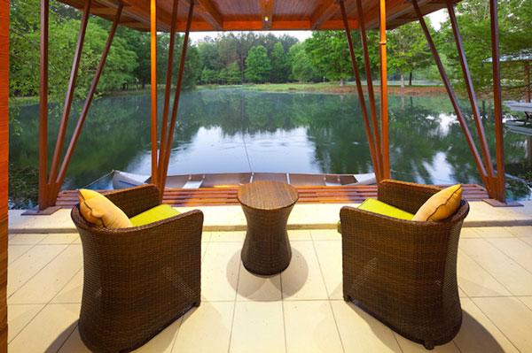 perierga.gr - Πανέμορφο σπίτι στη λίμνη!