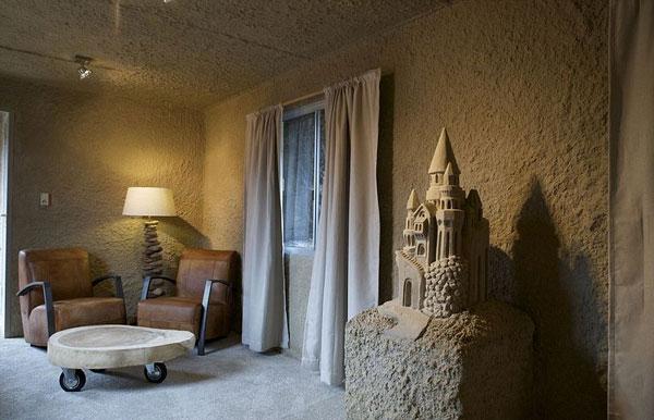 perierga.gr - Προσωρινό ξενοδοχείο από άμμο!